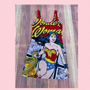 Wonderful Woman Dress 👗 Size Médium